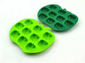 World Cup Beverage Partner Silicone Ice Cube Tray pictures & photos