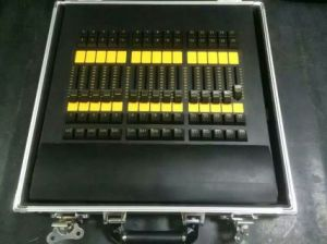 Grand Ma on PC Command Wing and Fader Wing Stage Light DMX Controller pictures & photos
