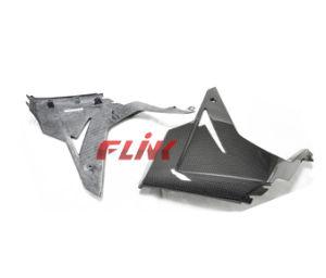 Motorycycle Carbon Fiber Parts Side Panel for Triumph 675 V Piece (2013) pictures & photos