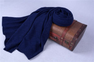 High-End Winter Use Cashmere Knitted Shawl CS15081302L pictures & photos