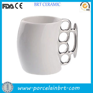 Finger Handle Special Design Fist Mug for Promotion pictures & photos