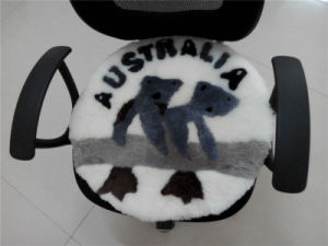 Round Sheepskin Seat Cushion with Koala Pattern pictures & photos