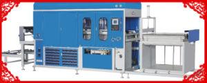 Plastic Syringe Needle Tray Vacuum Forming Machine pictures & photos