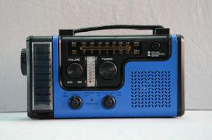 Crank Radio with Flashlight (HT-998SW) pictures & photos