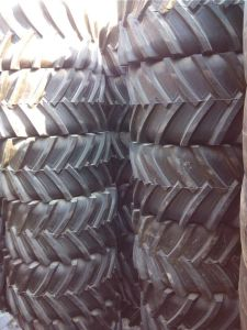 R1 Muddy Ground Trencher Tyre 26X12-12 31X15.5-15 23X10.5-12 Tractor Tyre, Agriculture Tyre pictures & photos