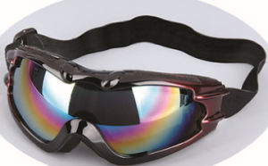 CE Certified Safety Goggles with Mirror Reflection Lens pictures & photos