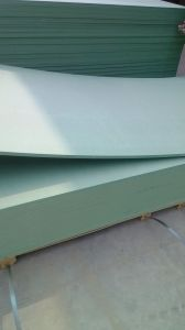 Green Color Moisture-Proof MDF /Water -Proof MDF Board pictures & photos