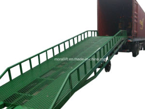 Hot Sale Hydraulic Warehouse Forklift Dock Ramp pictures & photos