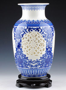 Jingdezhen Ceramics Blue and White Porcelain Vase Bottle Modern Classical Home Decoration
