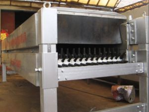 Horizontal Feather Removal or Peeling Machine pictures & photos