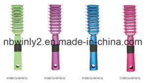 Colorized Plastic Professional Hair Brush pictures & photos