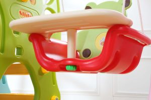 2017 Popular Style Kids Plastic Slide with Basketball Hoop (HBS17002A) pictures & photos