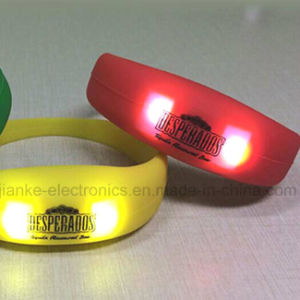 2016 Hot Selling Party Favor LED Light up Wristband with Logo Printed (4011) pictures & photos
