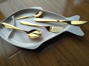 Stainless Steel Gold Flatware Set/Gold Cutlery Set pictures & photos