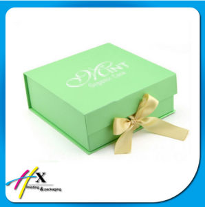 Colorful Handmade Custom Offset Printing Clothing Paper Gift Packaging Box pictures & photos