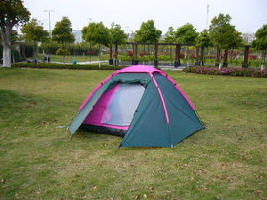 Camping Tent for 3-4 Person with Double-Skin and Waterproof Fabric pictures & photos