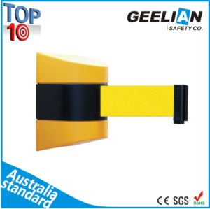 High Quality Wall Mount Retractable Belt Barrier pictures & photos