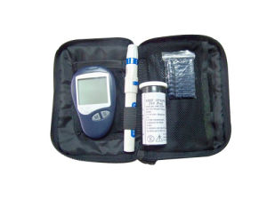 Blood Glucose Test Meter and Lancing Device pictures & photos
