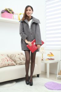 Two Color of Lady′s Lapel Overcoat pictures & photos