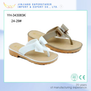 New Design Girls Shoes Sandals pictures & photos