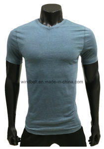 Simple and Basic Style T-Shirt for Men with Mixed Color pictures & photos