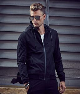 Men Custom Fitness Style Hooded Winter Jacket/Zipper Hoodies Winter Jacket pictures & photos