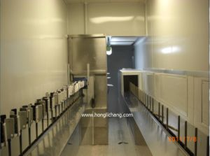 Dustfree Gun-Fixed Automatic UV Spray Coating Line pictures & photos