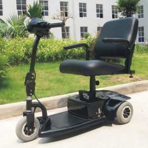 Electric 3 Wheels Scooter for Handicapped (DL24250-1) at Factory Price pictures & photos