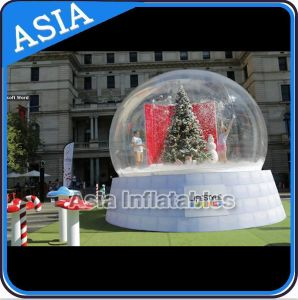 Giant Human Inflatable Christmas Snow Globe with Beautiful Backdrop for Wedding Decoration & Promotion pictures & photos