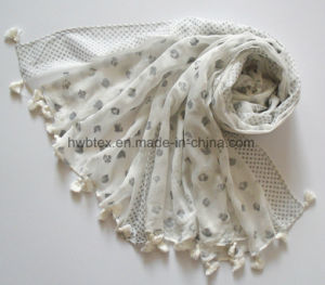 Fashion Silver Powder Printing Viscose Lady Scarf with Tassels (HWBVS064) pictures & photos