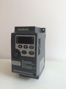 220/380V Mini Inverter with Cheaper Price for DIN Rail pictures & photos