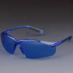 Visitor Smoke Lens Safety Welding Glasses for Eye Protection pictures & photos