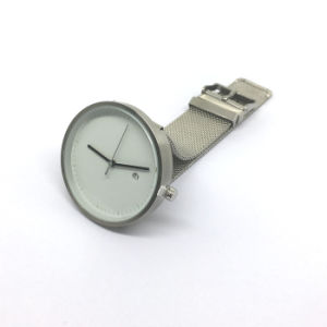 New Style Stainless Steel Watch with Mesh Band Bg490 pictures & photos