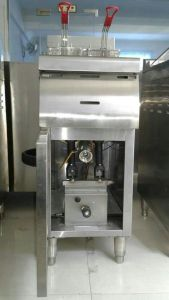 1-Tank 2-Basket Stainless Steel Gas Chip Fryer with Cabinet (HGF-90A) pictures & photos