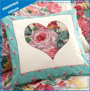 Home Decoration Floral Heart Printed Throw Pillow pictures & photos