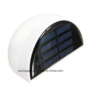 2015 Hotsell Waterproof Outdoor Solar Light LED for Garden Fence Aisle Lighting pictures & photos