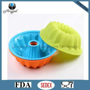Custom Round Silicone Muffin Pan Muffin Mold Baking Tool Sc07 pictures & photos