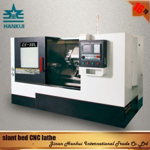 Siemens Control System Slant Bed CNC Lathe (CK-80L) pictures & photos