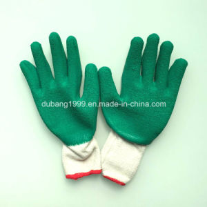 Green Nylon and Spandex Nitrile Ultra Foam Safety Glove Dnn151 pictures & photos