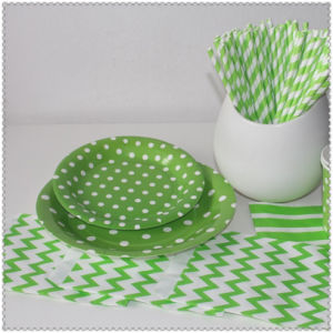 Eco-Friendly Red Yellow Green DOT Paper Plates for Party pictures & photos