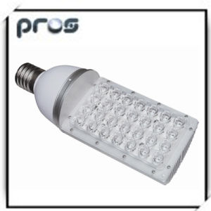 30W 3000lm High Power LED Street Solar Light & Lamp pictures & photos