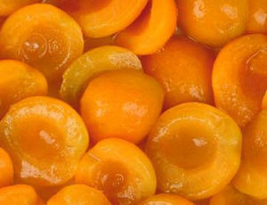 Canned Apricot in Syrup (or in natural juice)