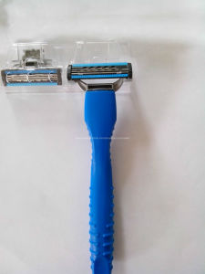 Three Blade Razor A483 One Handle + One Cartridge