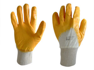 Cotton Liner Nitrile Coated Glove pictures & photos