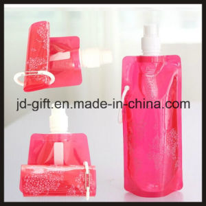 New Foldable Plastic Bottle with Customized Printing or Shape pictures & photos