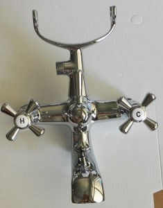 Bathroom Shower Faucet with Cross Handle pictures & photos