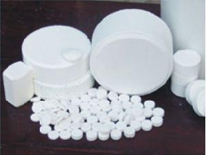 Trichloroisocyanuric Acid (TCCA) CAS: 87-90-1 pictures & photos