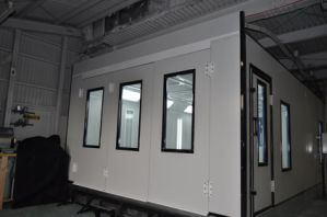 Durable Car Paint Booth Price with Ventilation System pictures & photos