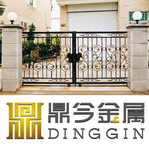 Wrought Iron Villa Gate with Painted pictures & photos