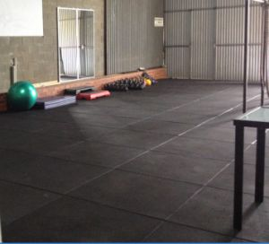 Cheap Rubber Kindergarten Flooring Mat / Gym Rubber Flooring Tile pictures & photos